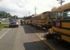 2 bus drivers fair after pileup