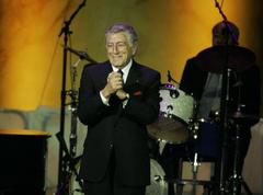 Review: Tony Bennett wows 'em in San Francisco