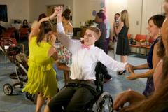 young patients celebrate prom at pse&g children's specialized hospital