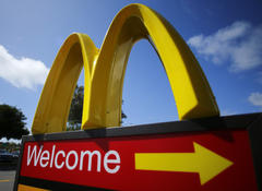'don't you want kids to be healthy?': mcdonalds ceo gets nutrition lecture from 9-year-old girl